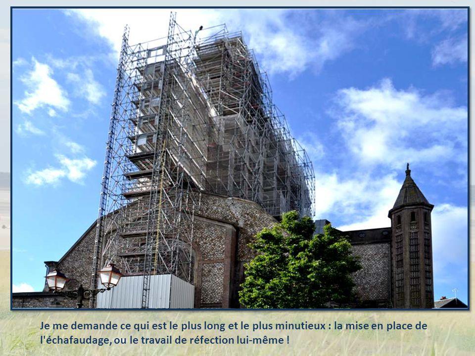 Le château médiéval de Domfront (donjon, remparts, prieurale) fait lobjet dun clas- sement au titre des monuments historiques depuis 1875
