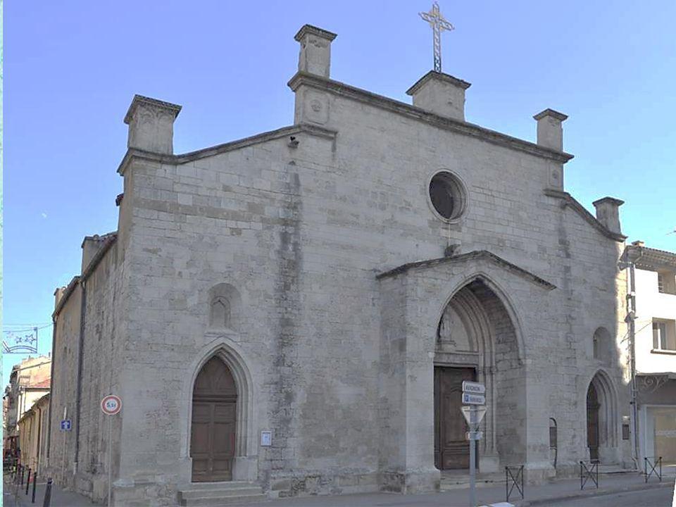 L'église Saint Florent, située à proximité de la Place des Cordeliers, vestige du Couvent des Franciscains. Ancienne église du couvent des frères fran