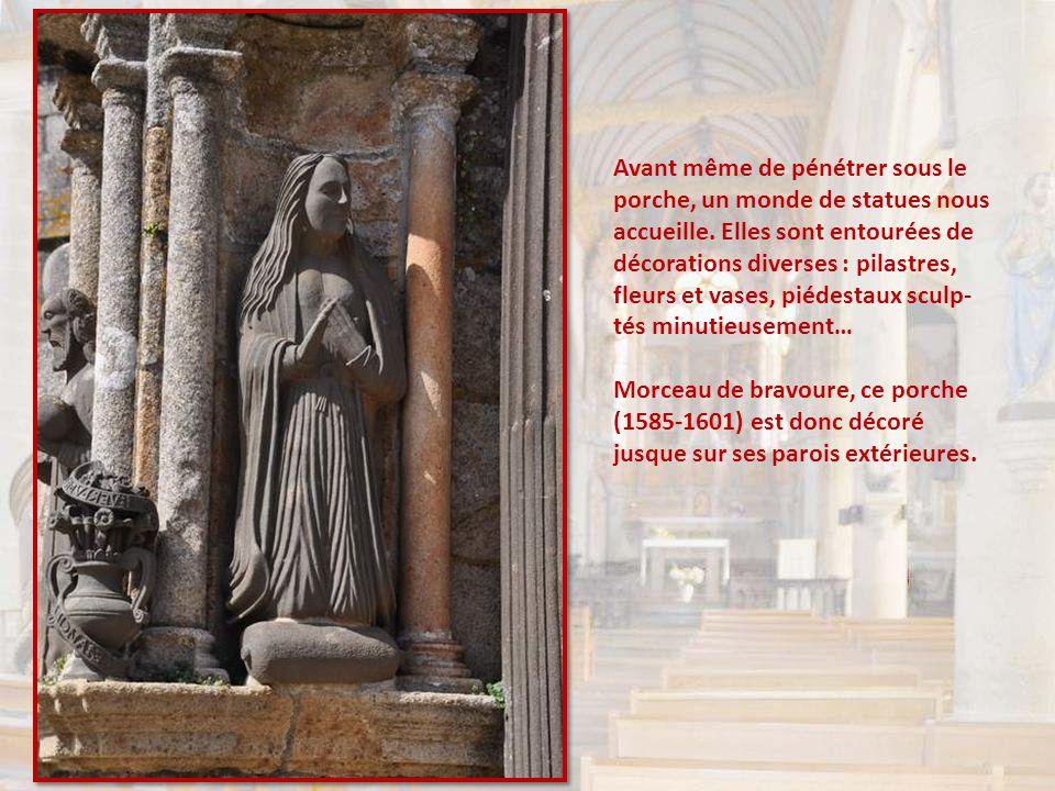 Un document trouvé sur place nous explique comment tout avait pourtant commencé dans la fidélité aux meilleurs modèles gothiques : un chevet aux rampa