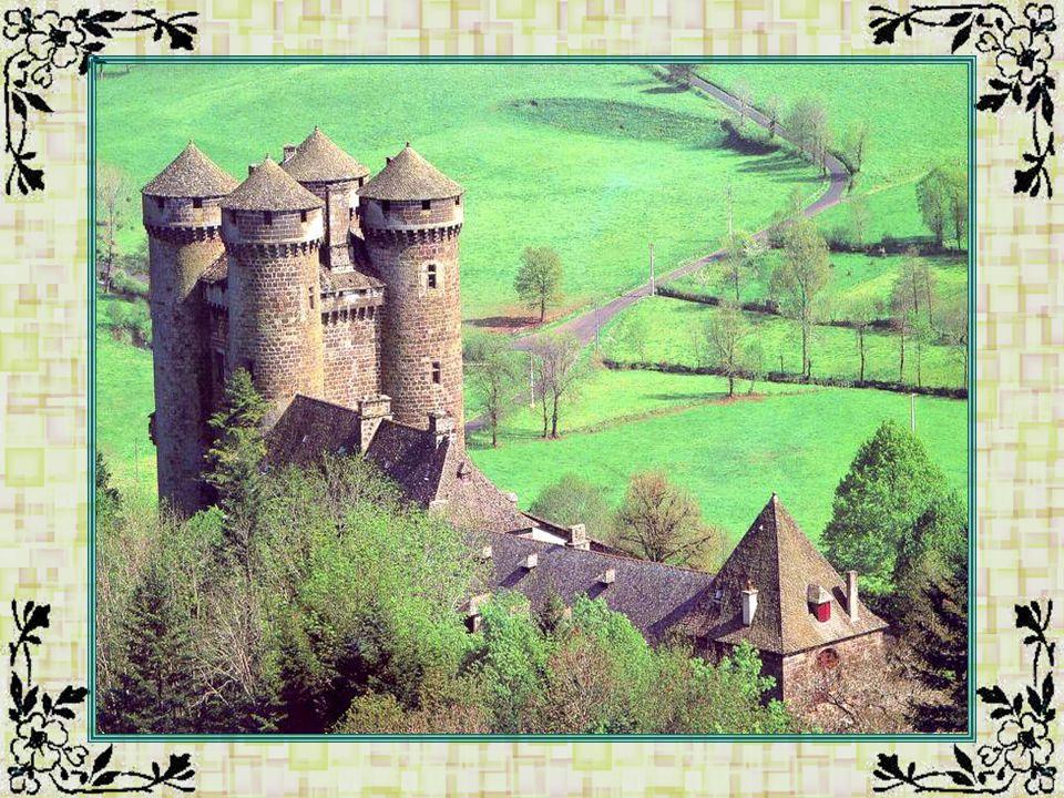La tour de la Liberté (Vosges - 68) La tour a été érigée pour commémorer le bicentenaire de la Révolution française.