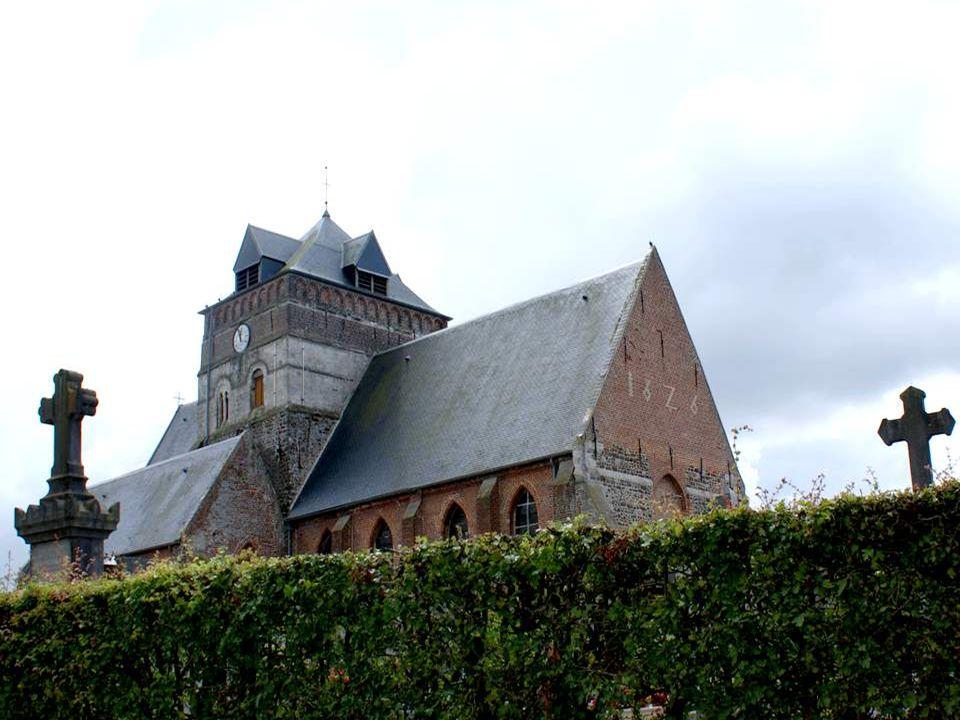 Cest dans le Pas-de-Calais que nous avons été surpris par le clocher de léglise de Borre (Nord) Le village est surtout remarquable par son église St-Jean- Baptiste du XIème au XVIIème, de type roman.