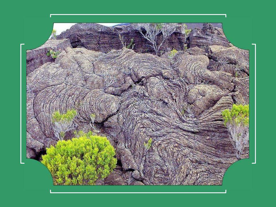 Merveilleuse leçon de géologie que ce méandre de Queuille .