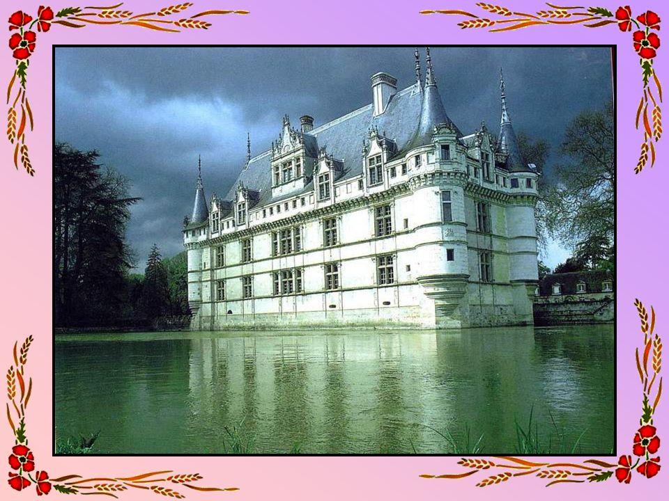 Le lac de Longemer (88 – Vosges) Longemer est un charmant village de ce quil est convenu dappeler les Hautes-Vosges.