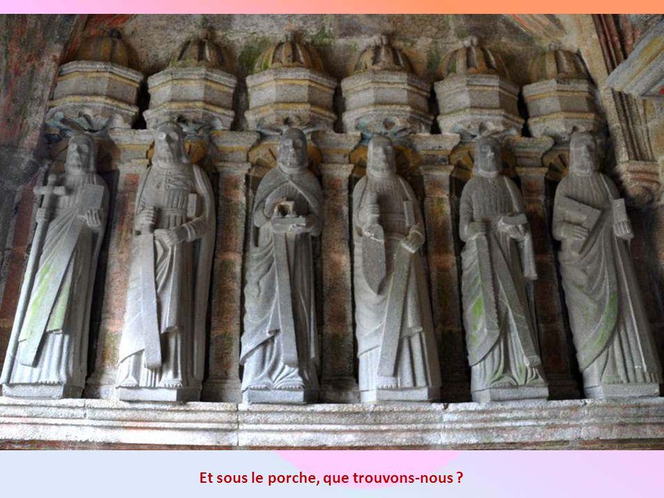 Sur le second croisillon, le Christ crucifié est entouré de deux cavaliers. On y trouve aussi les gibets des larrons. Sous la croix, côté Ouest, deux