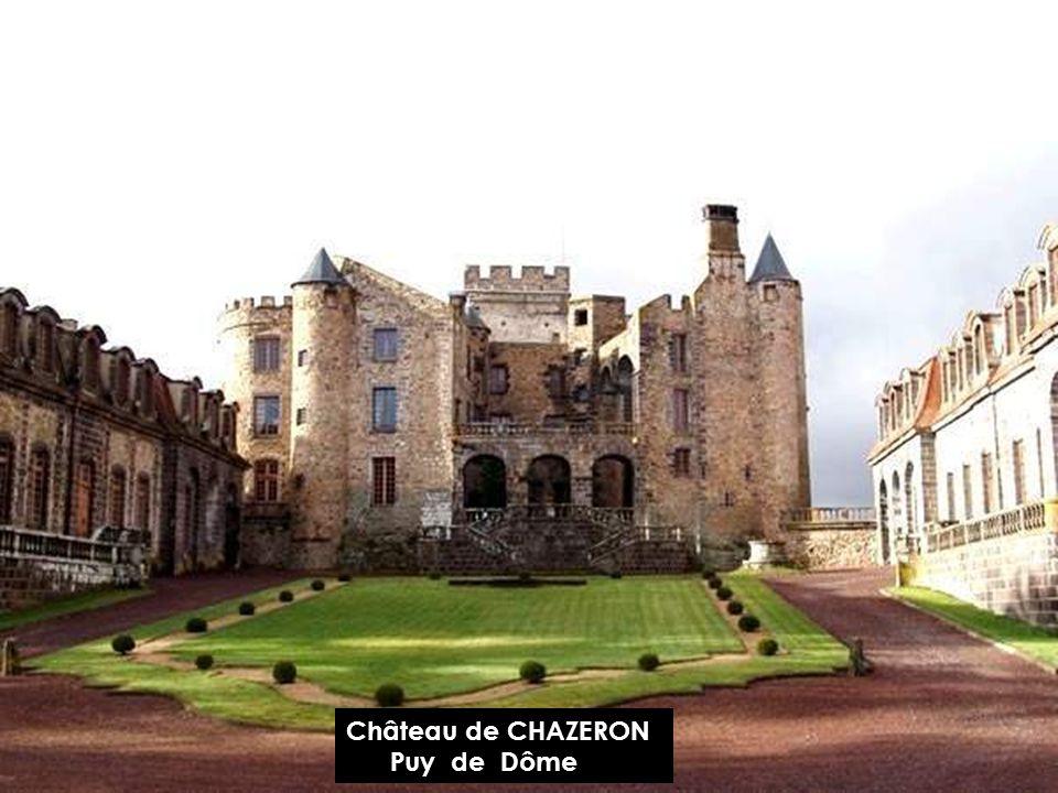 Château DE CHATEAUGAY Puy de Dôme