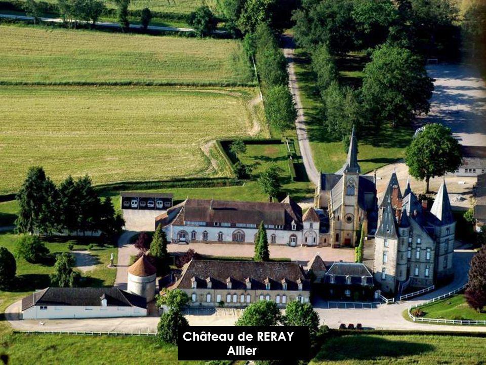 Château de LAPALISSE Allier