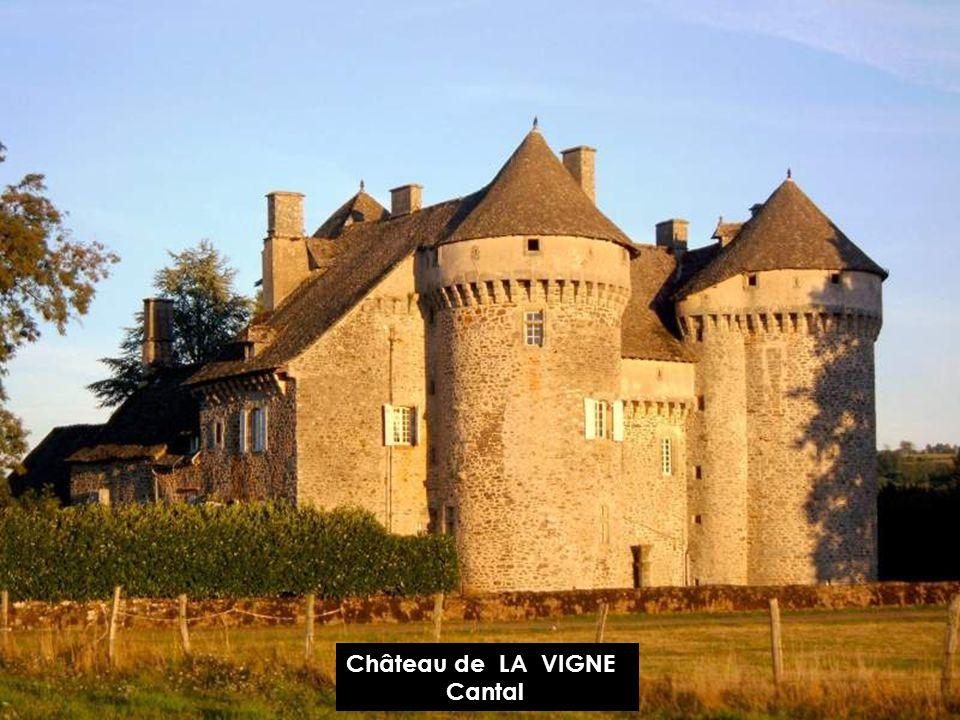 Château DE VALS Cantal