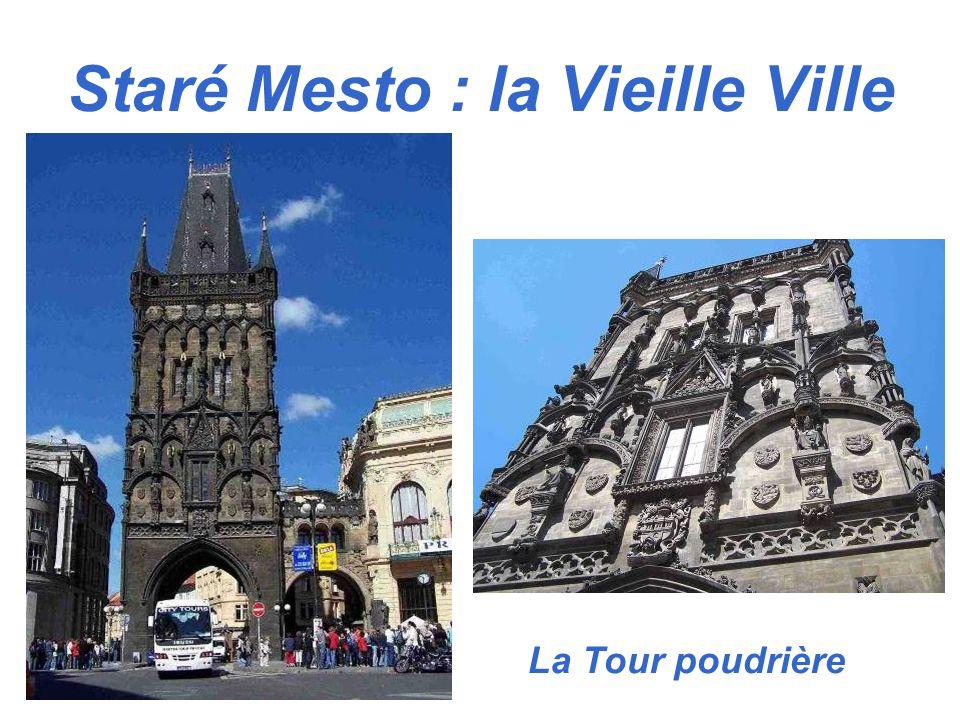 Staré Mesto : la Vieille Ville La Tour poudrière