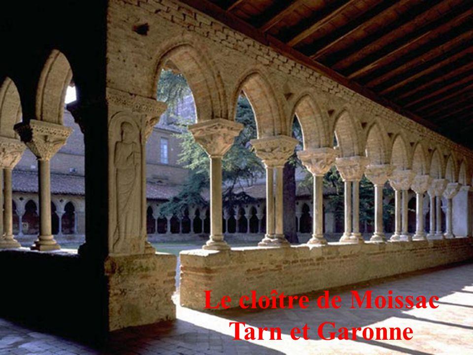 15 Le cloître de Moissac Tarn et Garonne