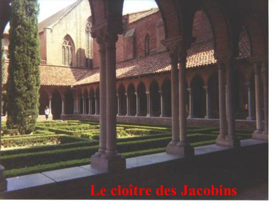 30 Le cloître des Jacobins
