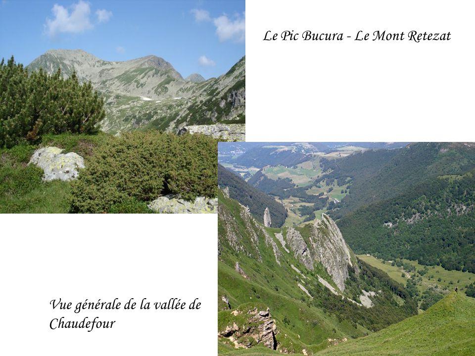 Le Pic Bucura - Le Mont Retezat Vue générale de la vallée de Chaudefour