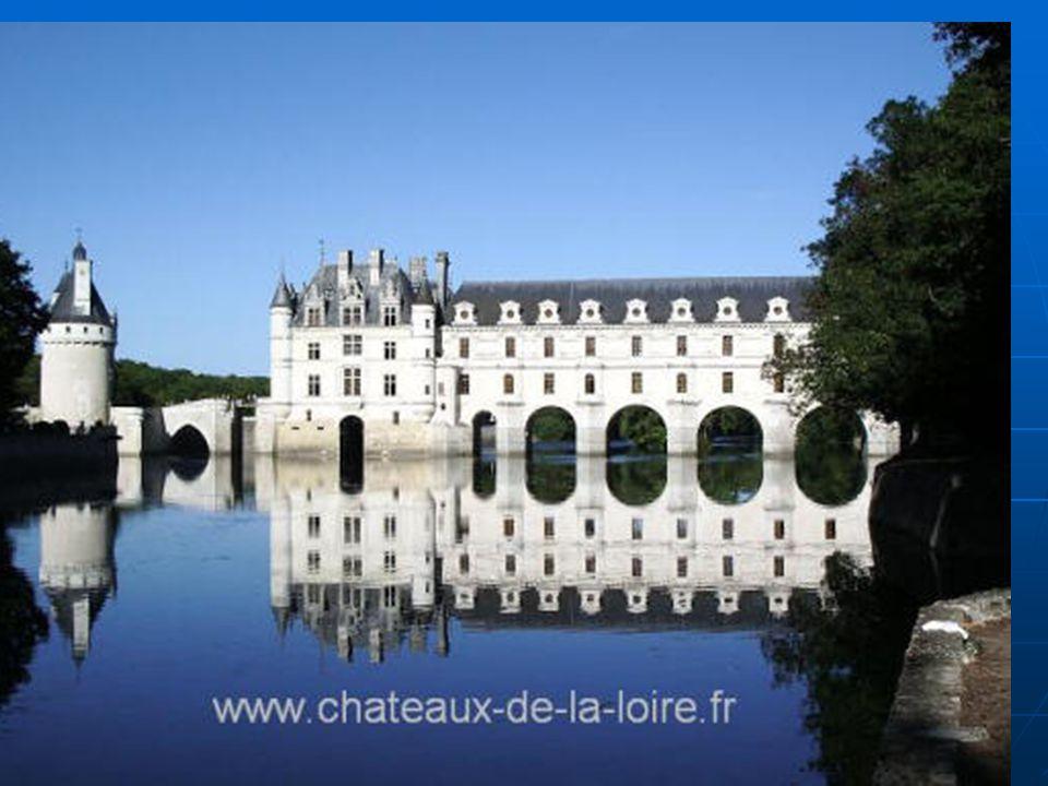 Il fait partie des châteaux communément appelés les châteaux de la Loire.