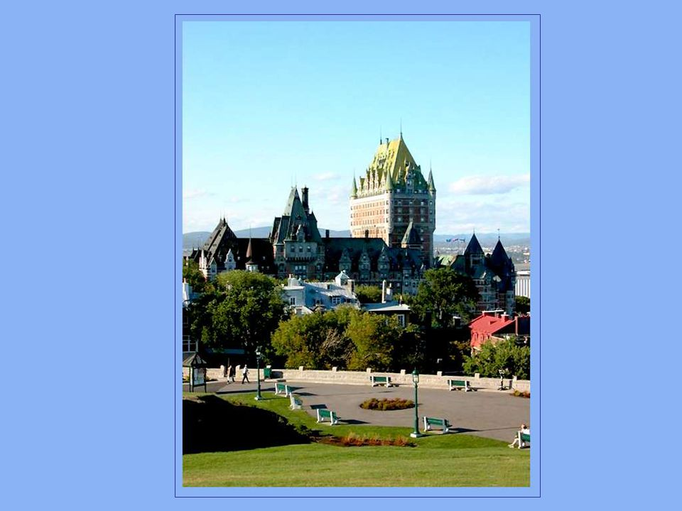 Cest à la fin du 19e siècle que William Van Horne, richissime directeur général du chemin de fer Canadien Pacifique a entrepris la construction de ce château pour en faire une escale de choix à l intention des voyageurs...fortunés.