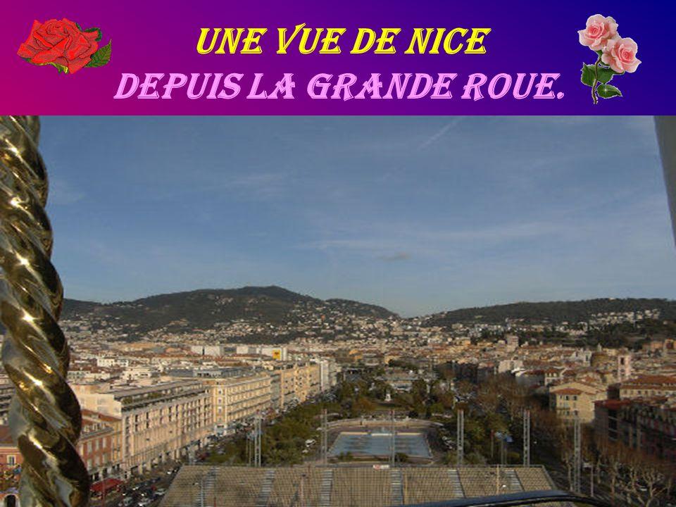 Une Vue de Nice depuis la grande roue.