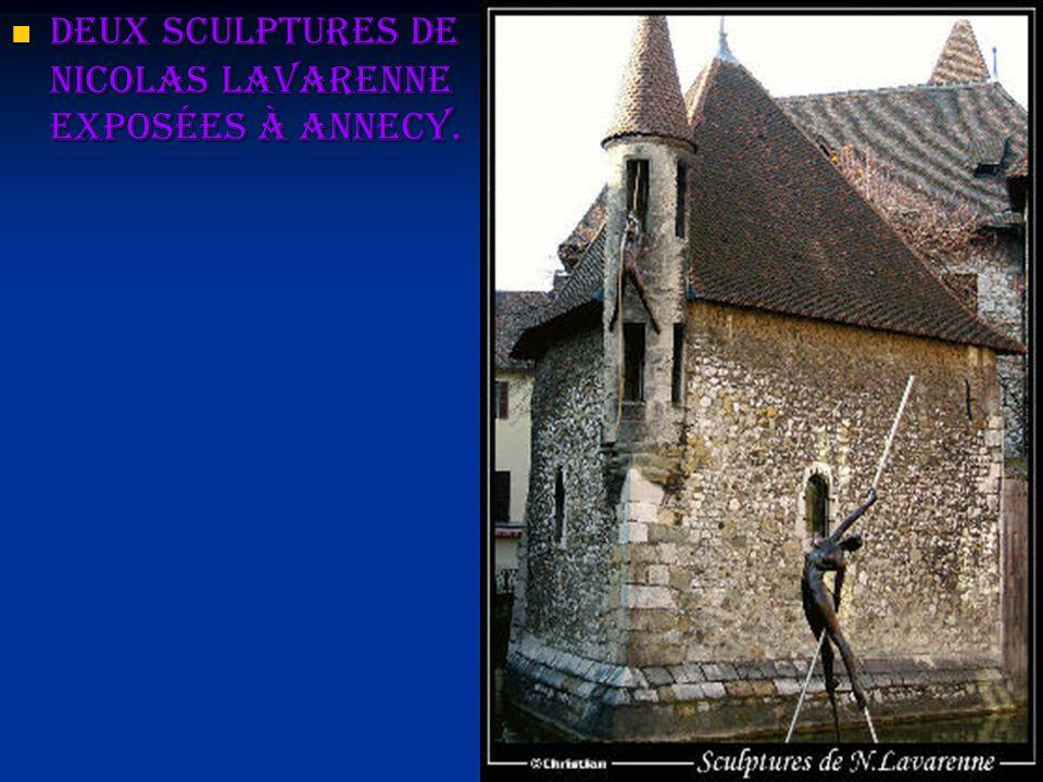 Deux sculptures de Nicolas Lavarenne exposées à Annecy. Deux sculptures de Nicolas Lavarenne exposées à Annecy.