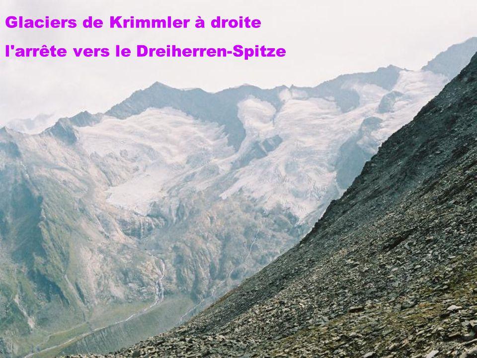 Glaciers de Krimmler à droite l'arrête vers le Dreiherren-Spitze