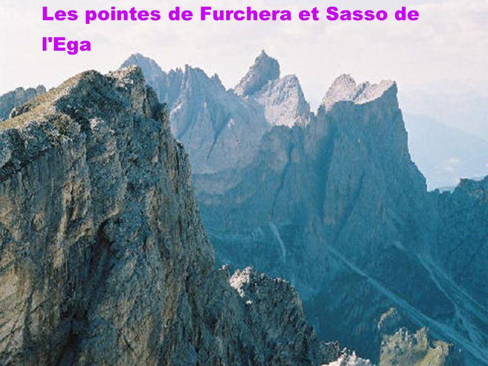 Les pointes de Furchera et Sasso de l'Ega