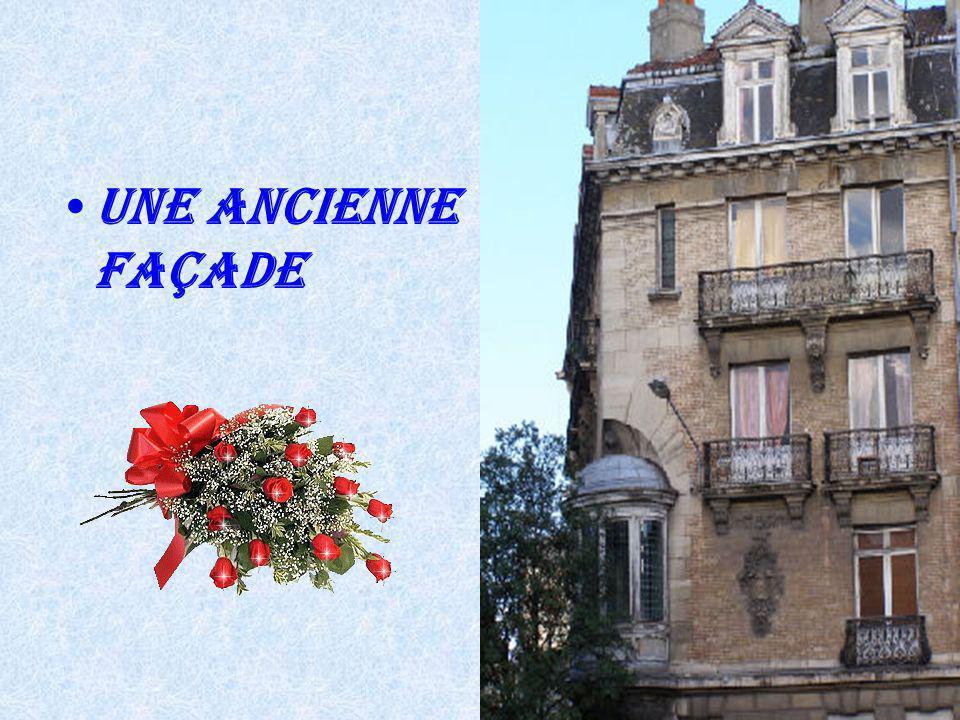 Une Ancienne façade