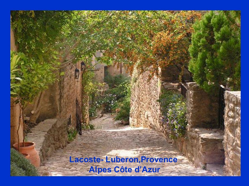 Lacoste- Luberon,Provence Alpes Côte dAzur