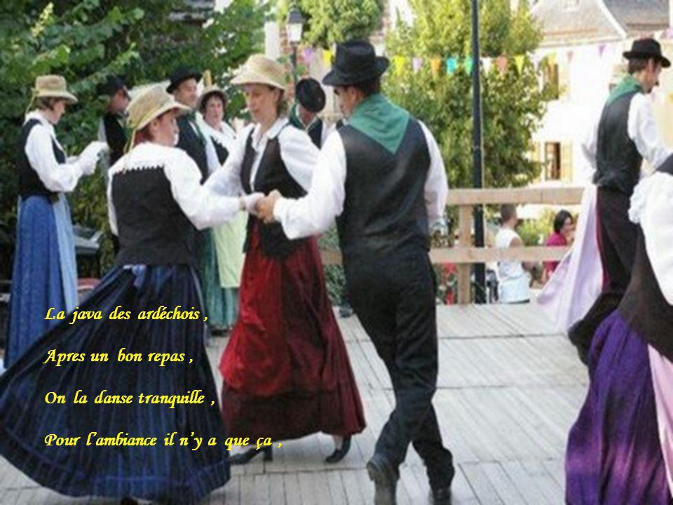Chez nous on la danse souvent, Cest sympa et cest marrant,