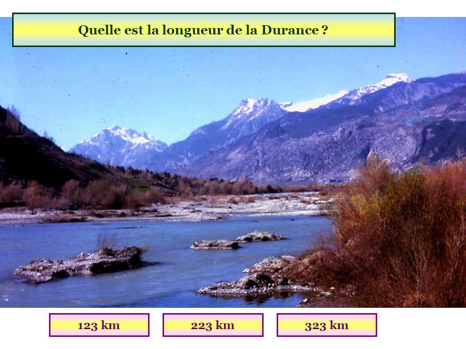 Quel est le plus grand lac naturel daltitude en Europe ? Lac dAllosLac du LauzanierLac du Mercantour (04 Alpes de Haute-Provence)(Altitude : 2228m; Su