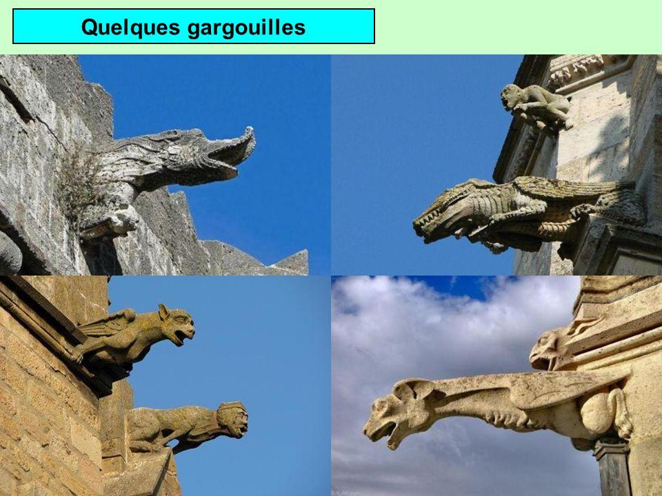 Gargouille de la basilique ND de lÉpine (Marne)