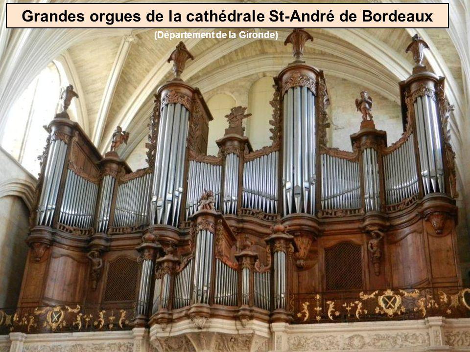 Beaucoup déglises possèdent des grandes orgues Eglise de Poligny (Jura)