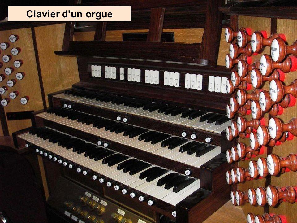 Grandes orgues de la cathédrale St-André de Bordeaux (Département de la Gironde)