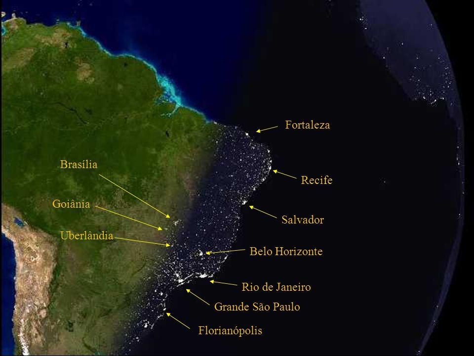Grande São Paulo Rio de Janeiro Belo Horizonte Salvador Océan Atlantique Plateforme continentale Brésilienne Tombée de la nuit au Brésil