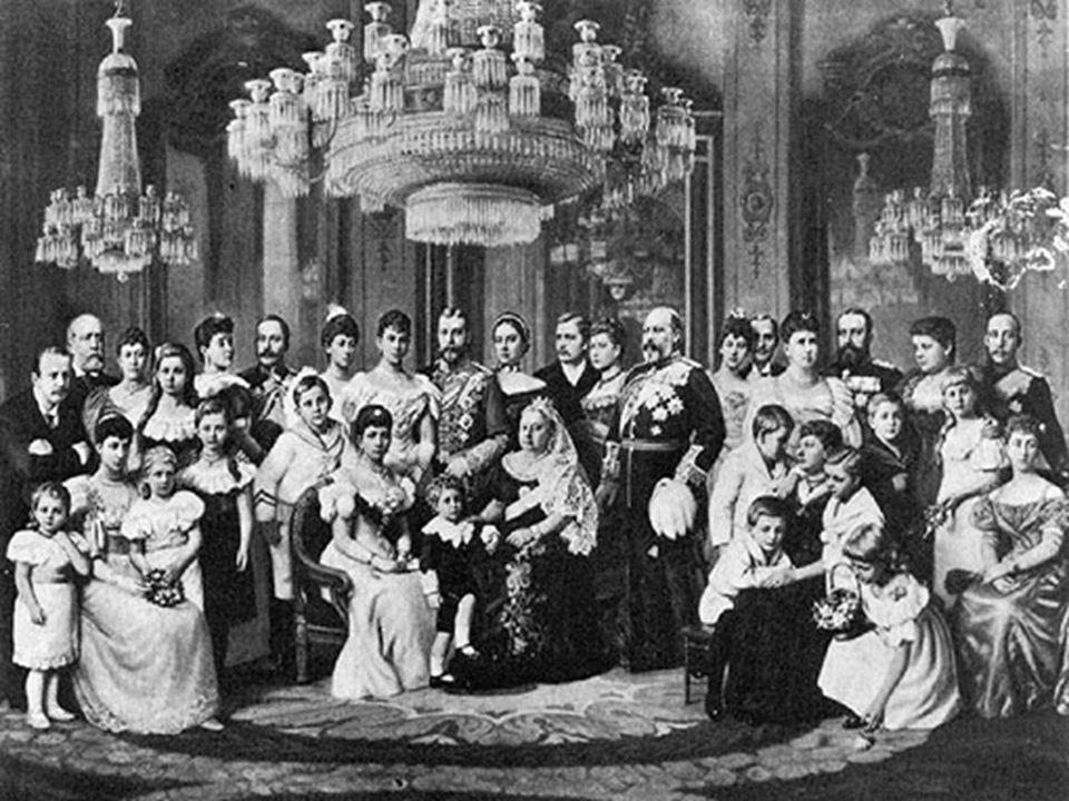 La Première Guerre mondiale opposa de grands empires dont trois sont dirigés par des cousins germains: --G--George V au Royaume-Uni --N--Nicolas II en Russie --G--Guillaume II en Allemagne.