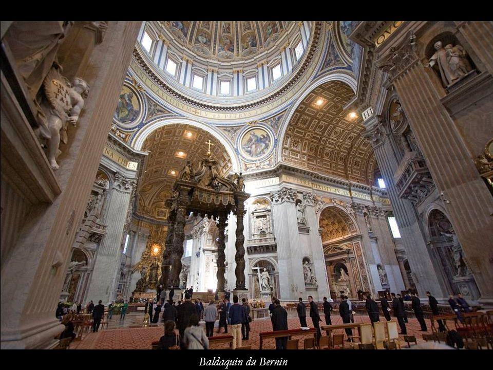 Intérieur de la basilique