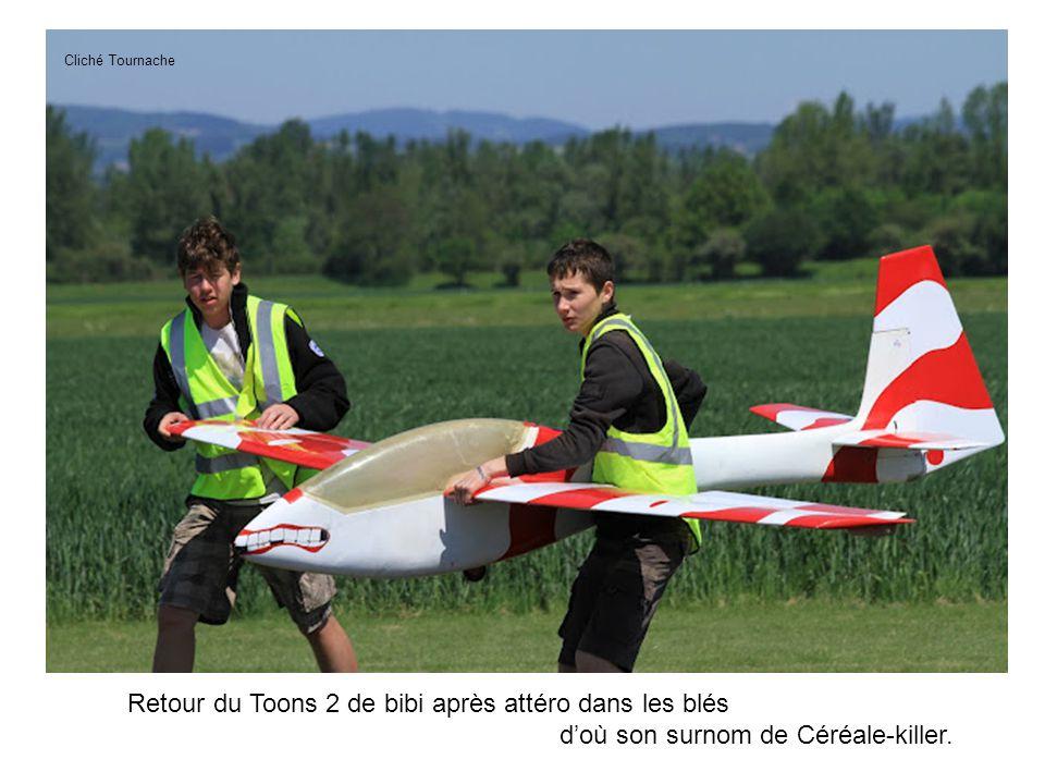 Retour du Toons 2 de bibi après attéro dans les blés doù son surnom de Céréale-killer. Cliché Tournache