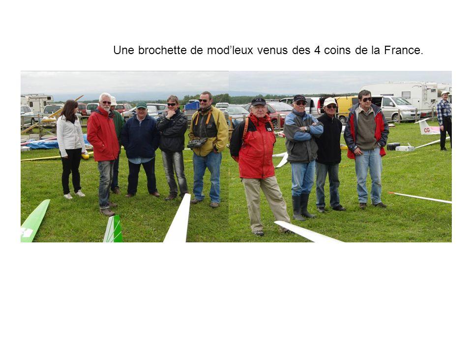 Une brochette de modleux venus des 4 coins de la France.