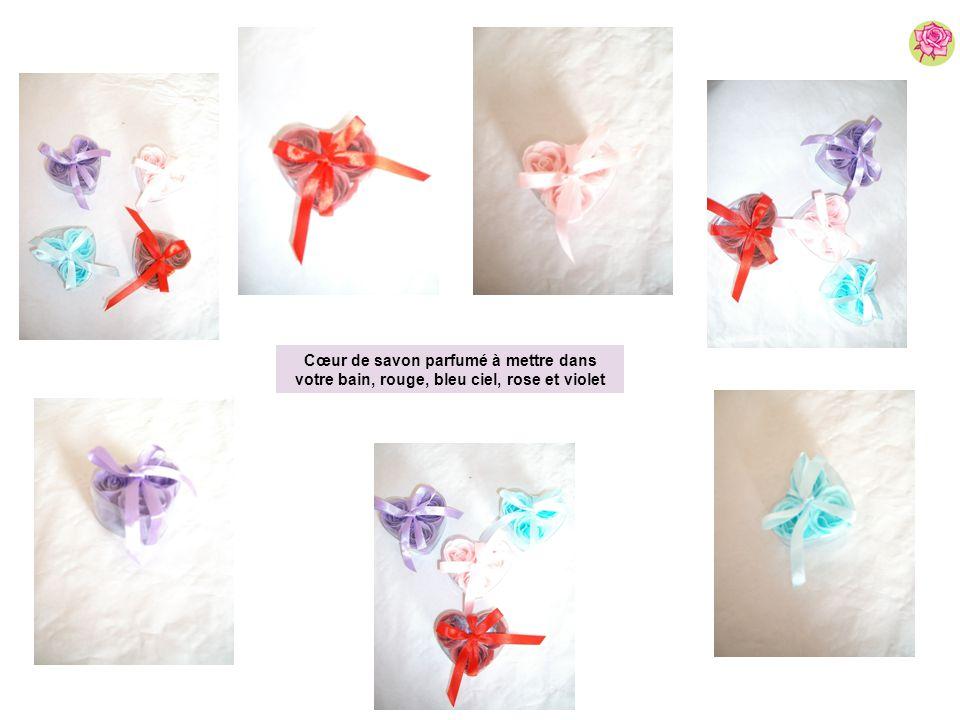 Cœur de savon parfumé à mettre dans votre bain, rouge, bleu ciel, rose et violet