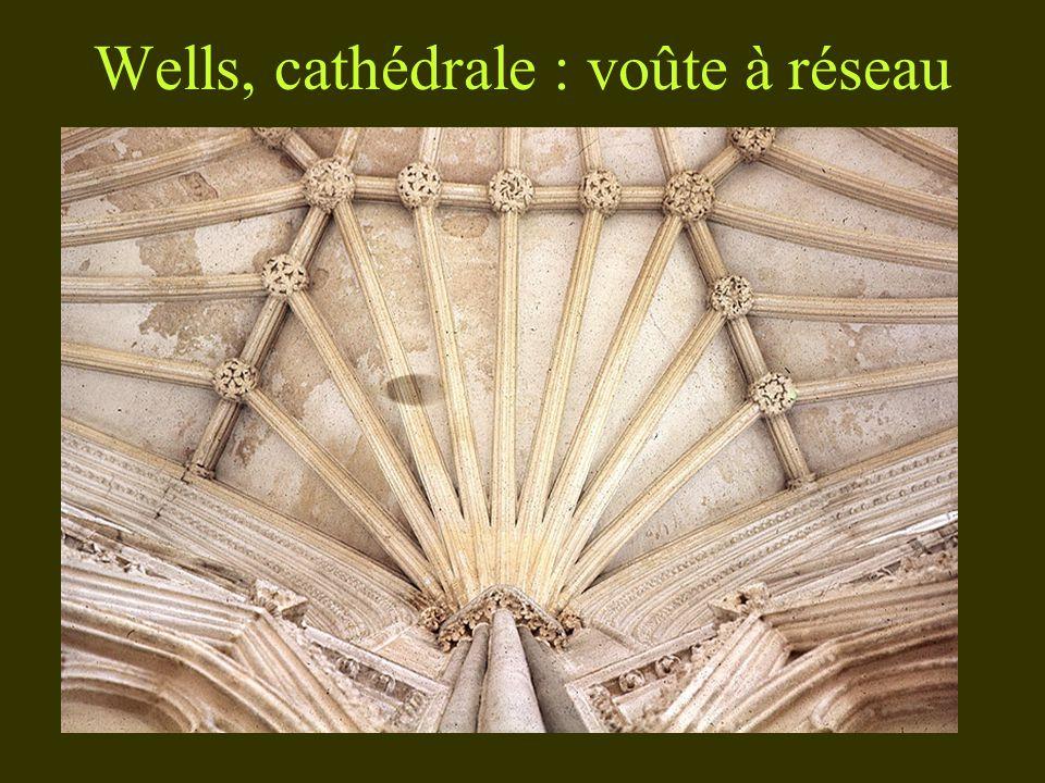 Wells, cathédrale : voûte à réseau