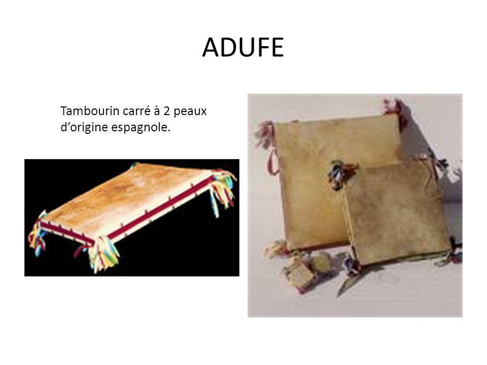 ADUFE Tambourin carré à 2 peaux dorigine espagnole.