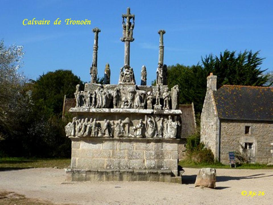 Chapelle Notre-Dame-de-Tronoën xv eme siècle Commune de Saint-Jean-Trolimon © Ajc 26