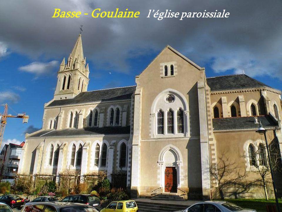 Saint - Aignan - Grandlieu. léglise illuminée