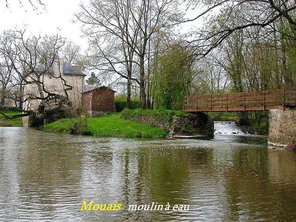 Mouais moulin à eau