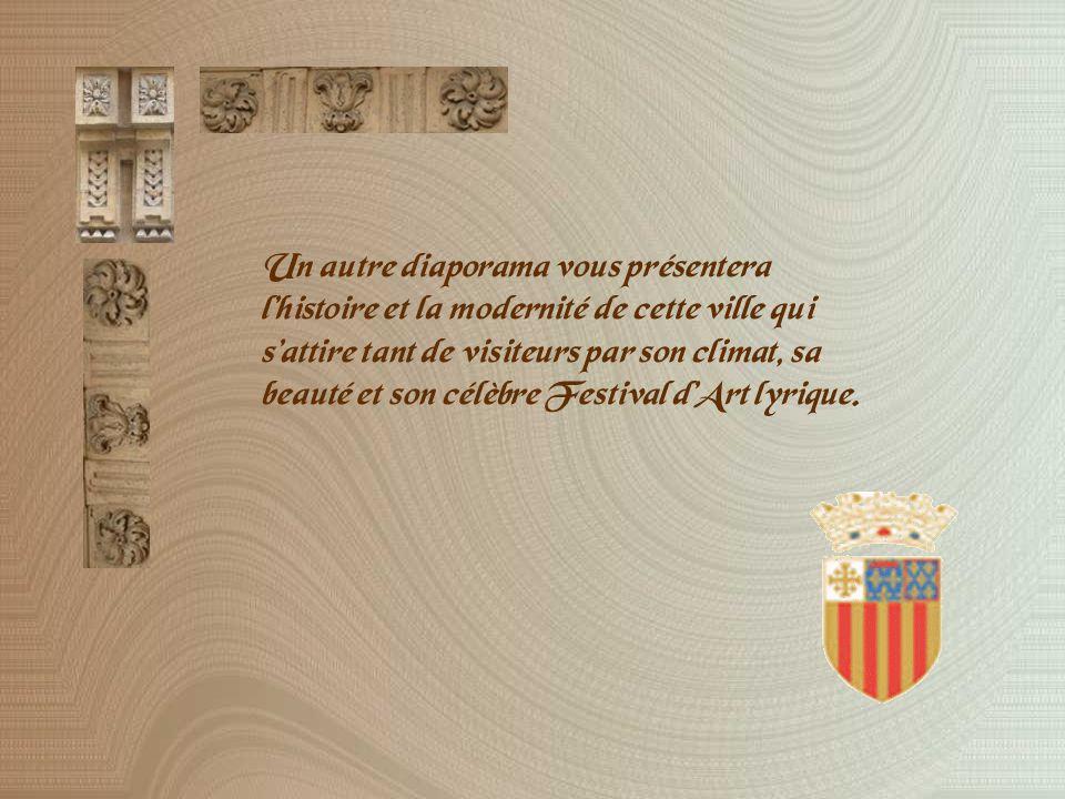 Parmi les joyaux de la cathédrale, les magnifiques vantaux de noyer, sculptés en 1508-1510 par Jean Guiramand.