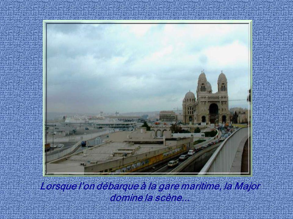 Marseille cest à la fois la Massalia des Phocéens, Massilia des romains et Marselha des Provençaux,,, La ville naquit en effet 600 ans av. J.C. à lemp