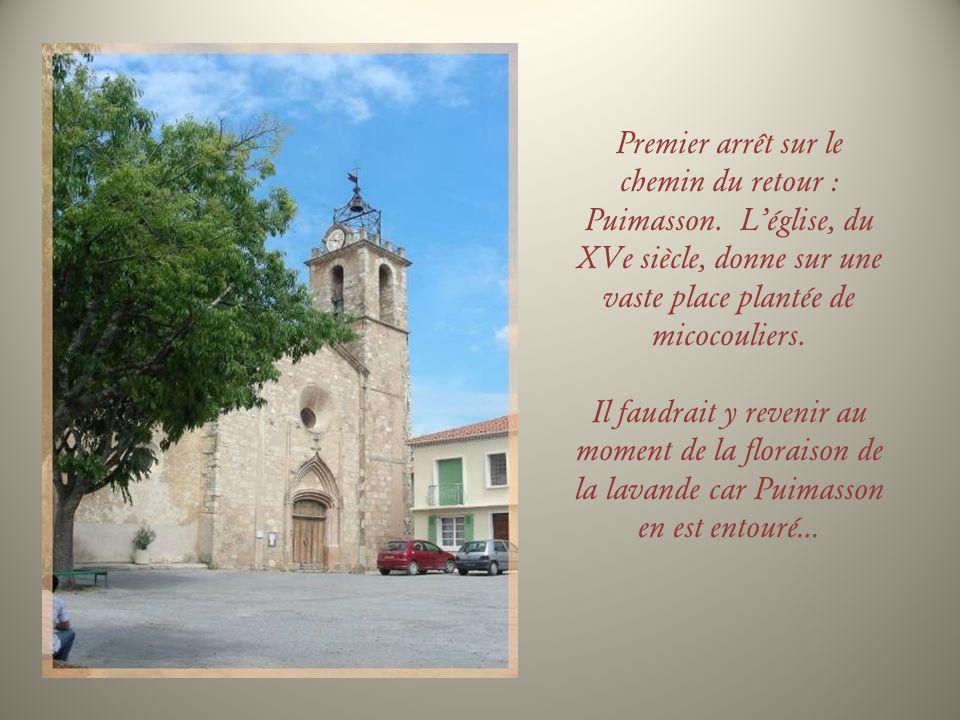 Lors de travaux dans léglise de Saint-Jurst, au XVIe siècle, on découvre les reliques de Saint Nicaise et Restitut.