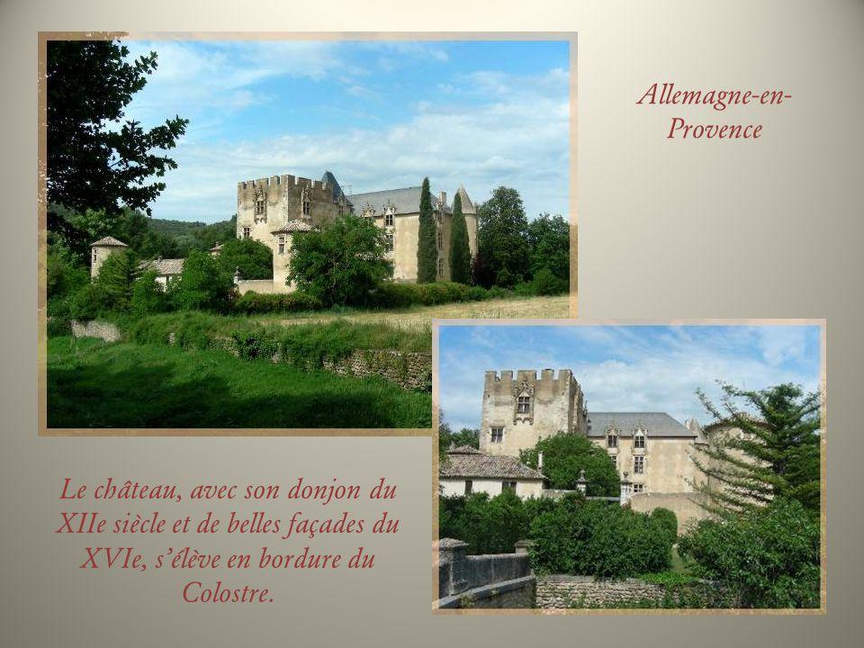 Occupée dès lantiquité, commune dà peine 400 habitants, Allemagne-en-Provence a la chance de posséder un très joli château qui arbore un donjon du XIIe siècle et de belles façades Renaissance.