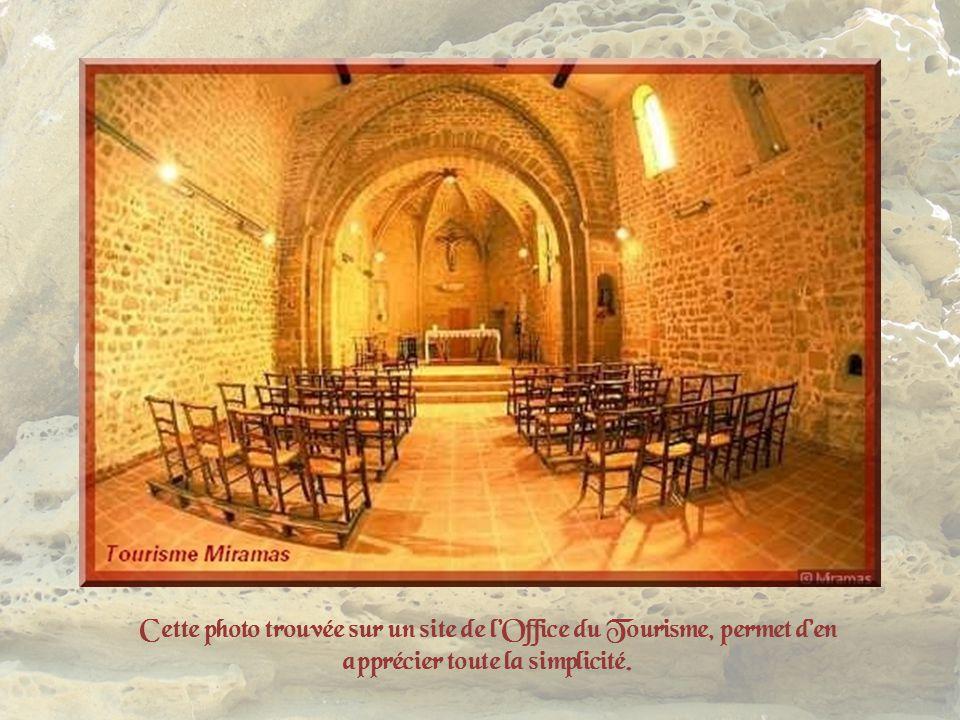 Eglise, Vierge et blason