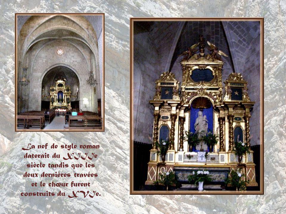 On connut dabord la chapelle sous le nom de Notre-Dame dEntre-Roches et lon en trouve la première mention au IXe siècle.