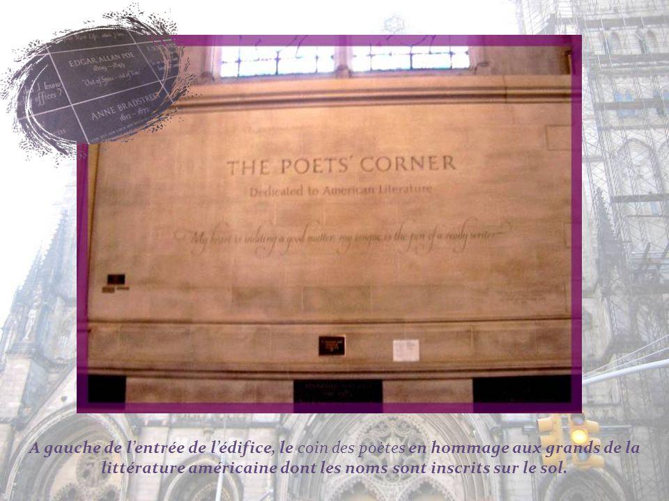On retrouve aussi un columbarium…