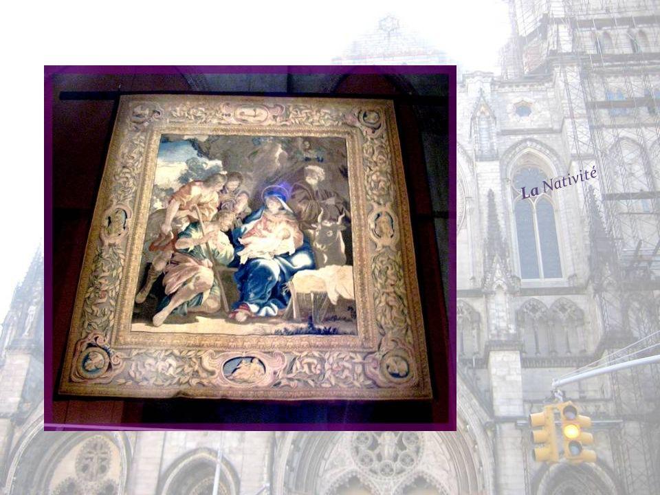 Parmi les trésors de la cathédrale, 12 tapisseries de Barberini, de grande valeur, créées au XVIIe siècle. Elles illustrent des Scènes de la Vie de Jé