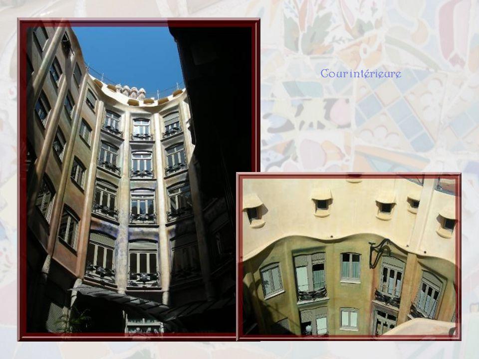 La Casa Milà ou Perdrera.