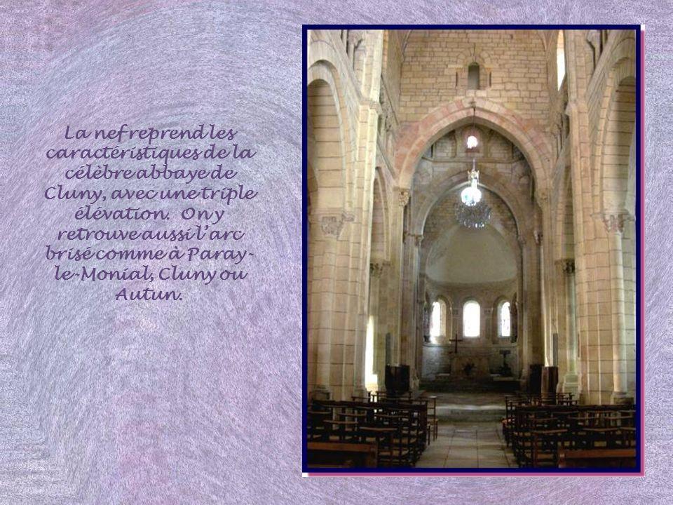 Saint Hilaire lors du concile de Séleucie, en 359! Venu combattre lArianisme, il est assis à terre, entre les pères conciliaires juchés sur des sièges