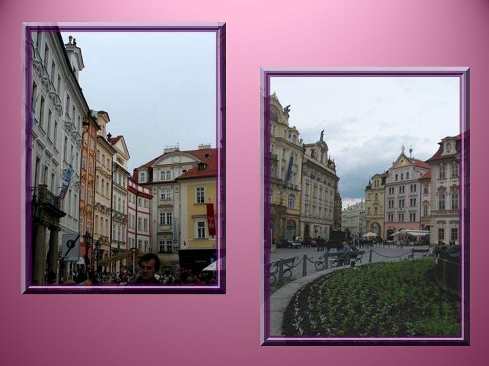 Staré Mesto, la vieille ville, constitue le cœur de Prague.